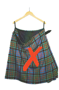 Sagging kilt on wooden hanger