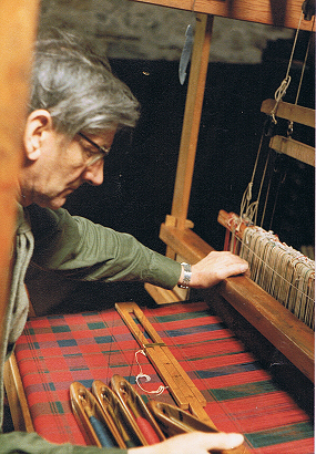 Jamie Scarlett at his loom